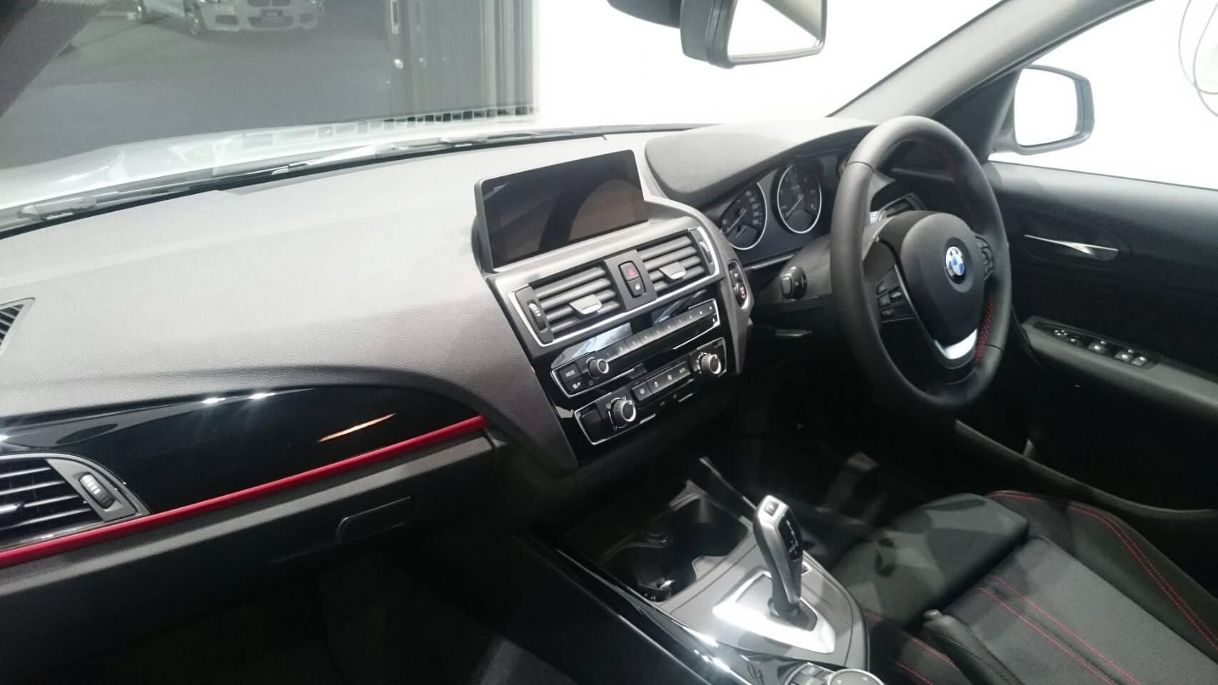BMW118d 3