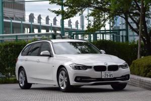 BMW320i Touring Sport