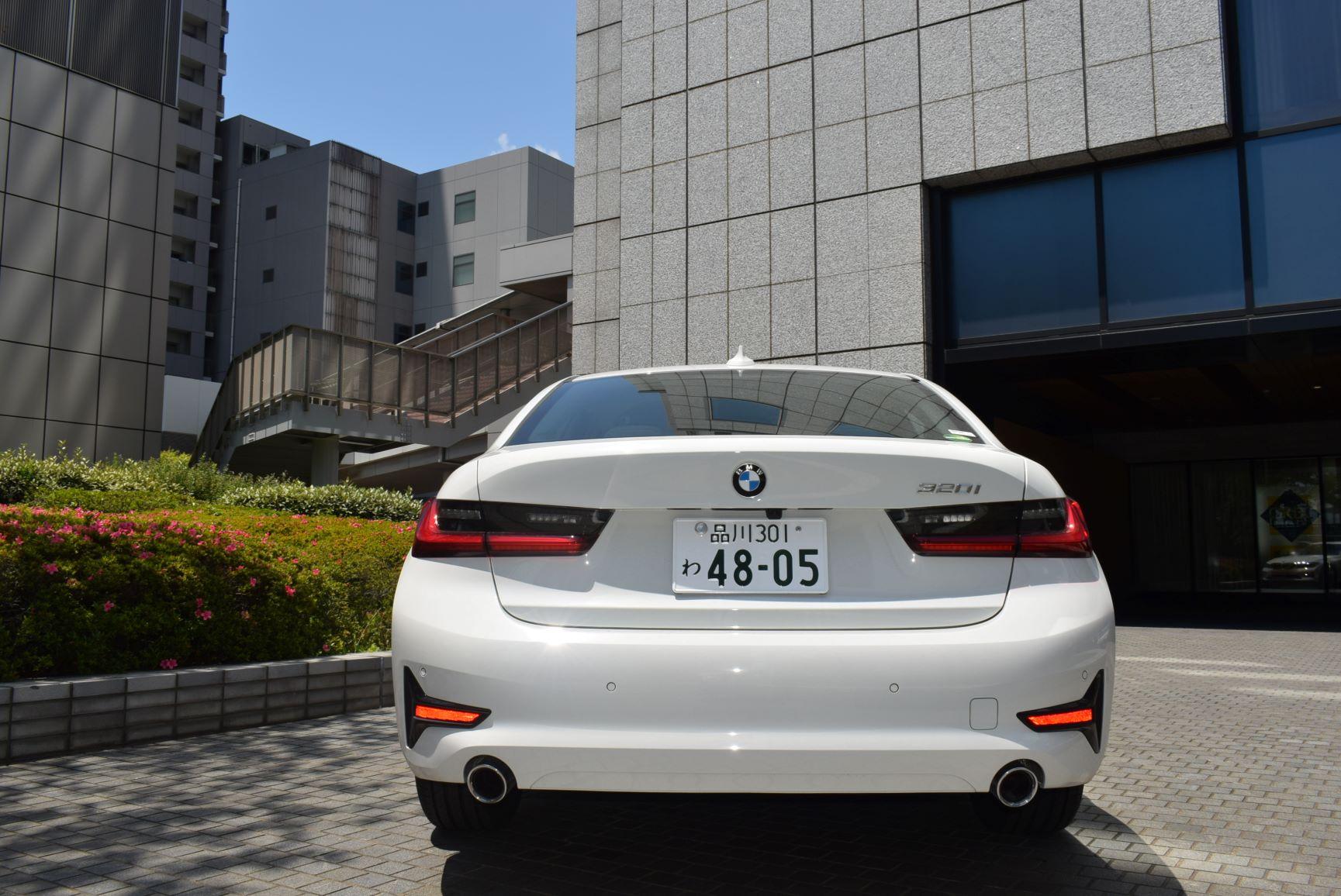 BMW320i(2019年モデル) 2