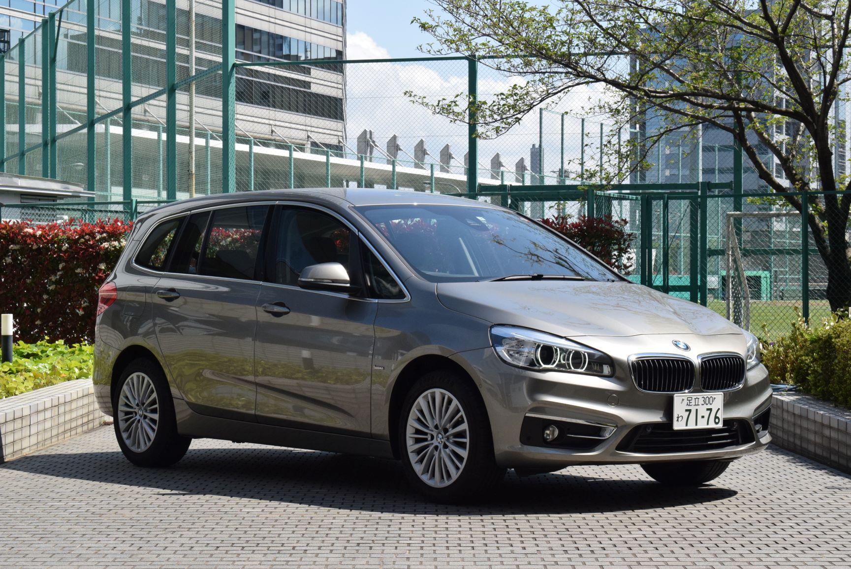 BMW218グランツアラー